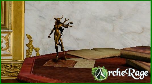 Gilt Succubus Statue_1.png